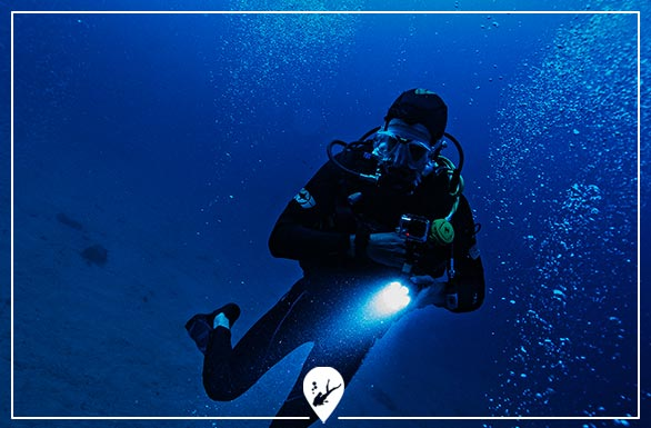 buceo-tecnico-divers-go-diving