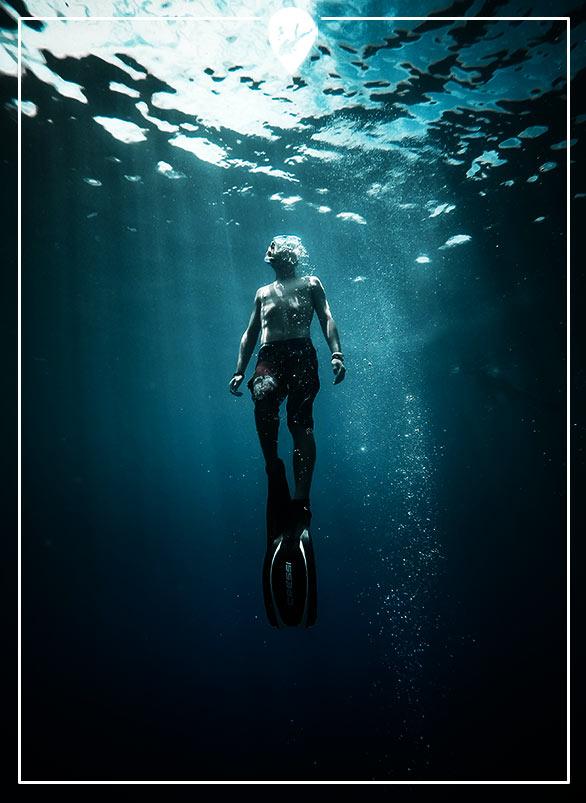 divemaster-en-el-mar-divers-go-diving
