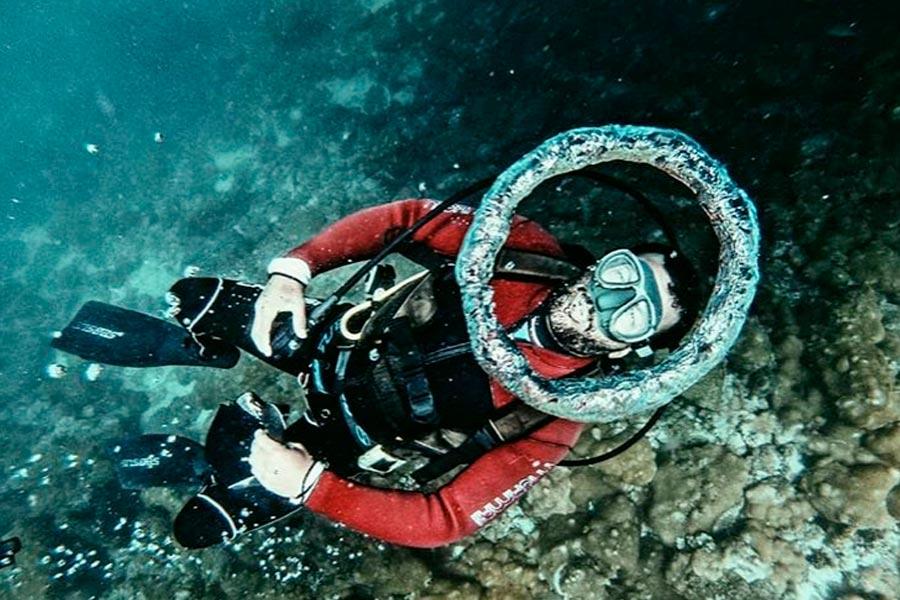 Master-Dive