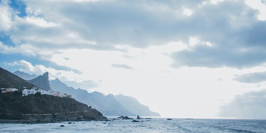 ¿Cuáles son las fuentes de ingresos de las Islas Canarias?